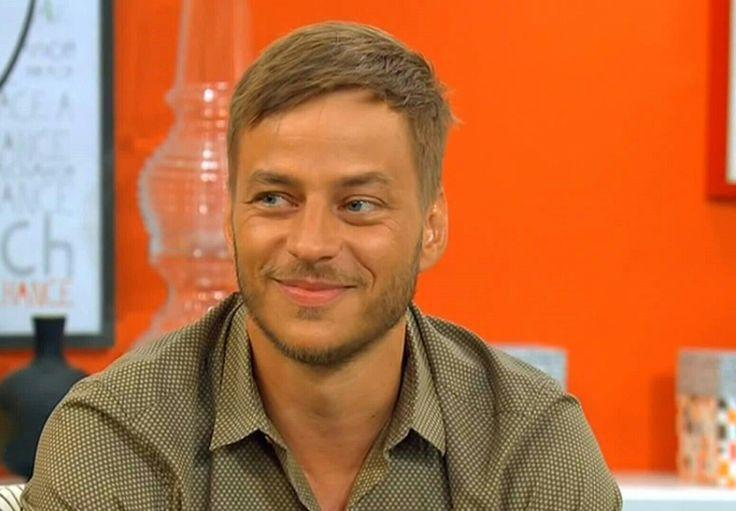 Screens caps of Tom Wlaschiha from the interview with Frühstücksfernsehen Sat1Source: https://youtu.be/htprrpL01WQ From: https://www.facebook.com/tomwlaschihafanpage/