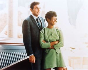 MANNIX 8X10 PHOTO GAIL FISHER MIKE CONNORS RARE POSE   eBay