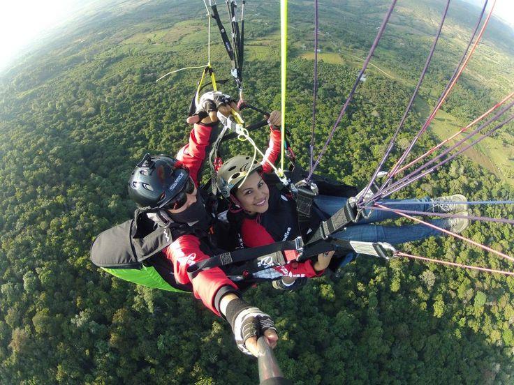 #Feliz con PARAPENTE CURITÍ y CHICAMOCHA.  ¡¡¡SAN GIL SANTANDER COLOMBIA!!! La #meca de las Actividades de Aventura y Deportes Extremos:  www.sangilextremo.com.co Tu Seguridad y Tu Confianza. Contáctanos: 3045725220 - (7) 7248028