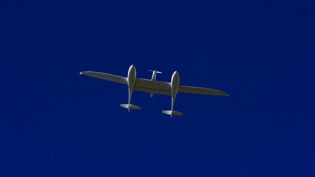 HY4 fliegt: das Brennstoffzellen-Flugzeug beim offiziellen Erstflug (Foto: DLR - CC-BY 3.0)