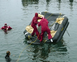 MERT Life-Raft-Training