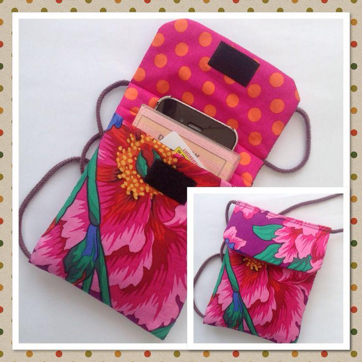 Lille taske til mobil og få kort