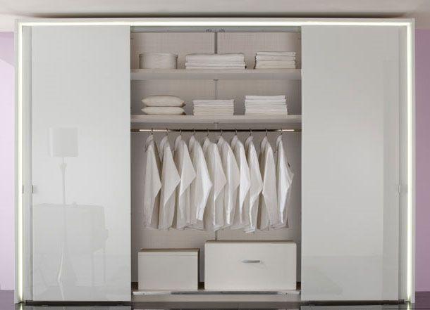 Staud Panorama Schwebetürenschrank Kleiderschrank Maxim Scala Glas weiß