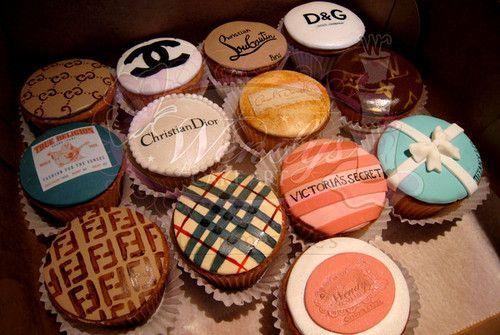 fashion cupcakes: Fashion Cakes, Desserts, Cute Cupcakes, Idea, Fashion Cupcakes, Design Cupcakes, Cups Cakes, Cupcakes Rosa-Choqu, Design Cakes