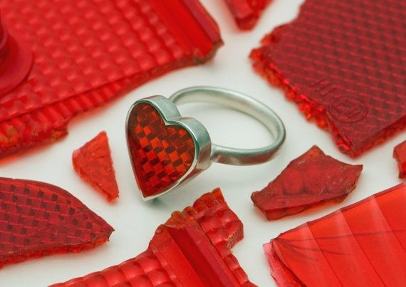 such a good idea! Safety Reflector as a piece of jewellery.