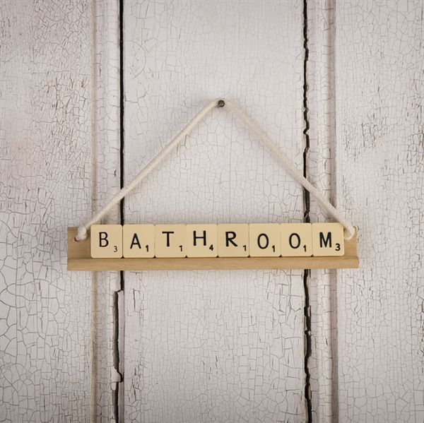Great idea ! ;-) DIY sing for the bathroom -- Haz carteles con letras de scrabble #diy #scrabble