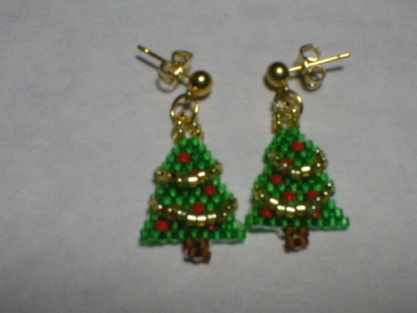 17 best Beaded Christmas Earrings I Made images on Pinterest ...