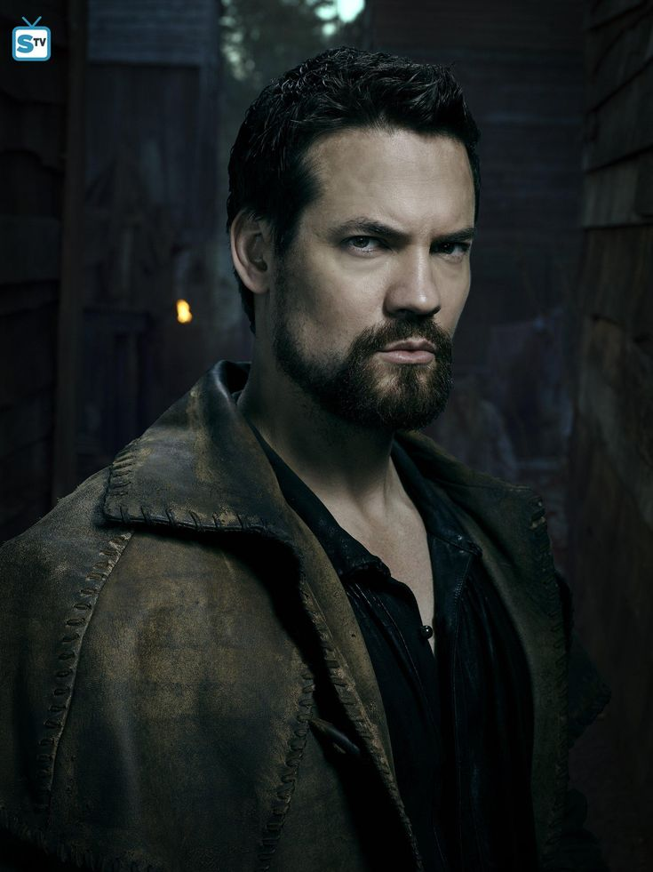 "Salem S3 Shane West as ""John Alden"""