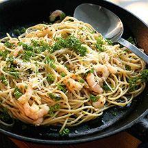spagetti med räkor och vitlök 9p