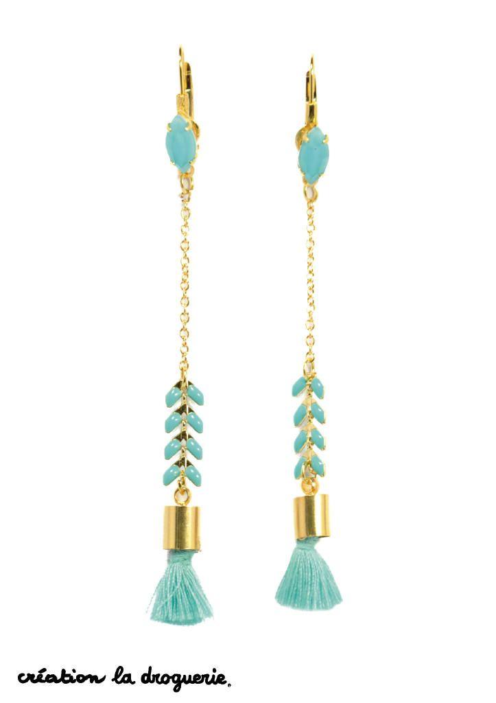 Une longue paire de BO avec de mignons petits pompons !! #ladroguerie #bijoux #bo