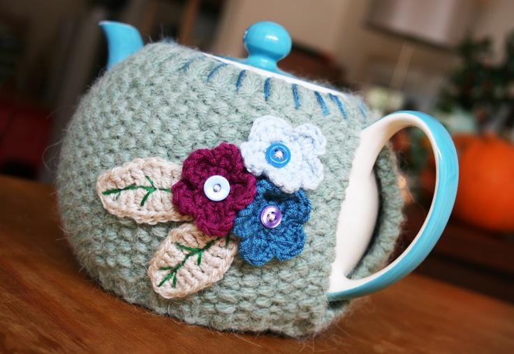Karen Walk ♥ Crafting ♥ Writing ♥ Living: crochet~ Tea Cozy