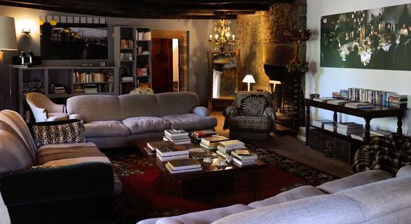 LA SINGULIÈRE | La Singulière - Maison d'hôtes  Posée en Aveyron, département chouchou, repaires de beaux villages, de grands espaces et d epetites perles déco…