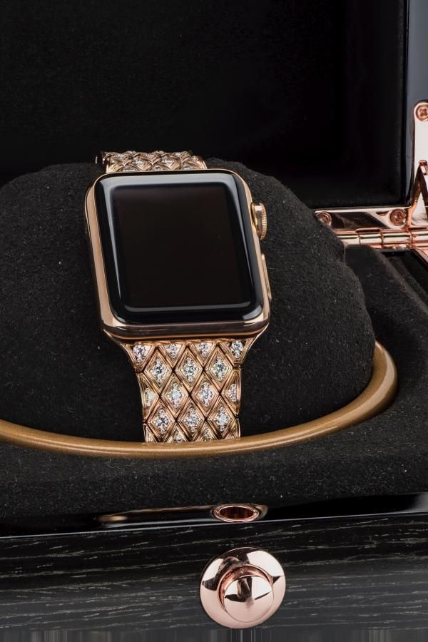 Rose Gold Apple Watch Band In 2020 Rose Gold Apple Watch 38mm Apple Watch Band Apple Watch