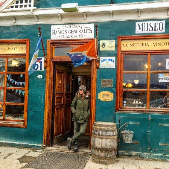 Já era de se esperar que a gastronomia em Ushuaia fosse excelente, afinal, a boa mesa é uma das características da Argentina em geral. E na região da Patagônia não podia ser diferente! Venham ver minhas dicas!