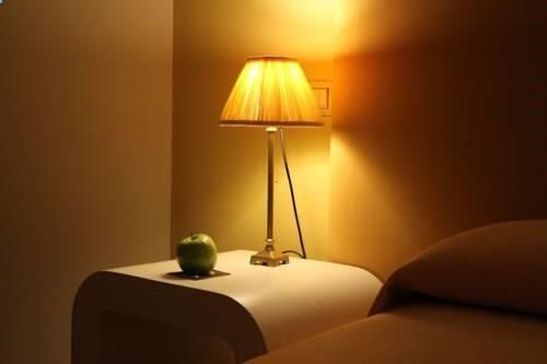 Hotel Bouza Ribadeo Offering free WiFi, this modern hotel is located on the Camino de Santiago Trail in the town of Ribadeo, 1 km from the port. Playa de las Catedrales Beach is a 15-minute drive away.
