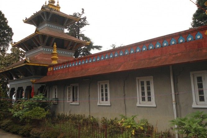 Dhirdham Temple is one of the oldest temples in #Darjeeling. It is located just above the Toy Train Railway Station.