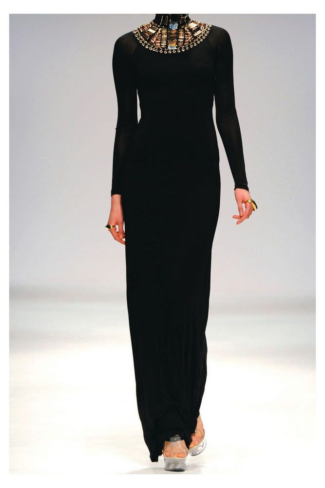 """BNWT SASS & BIDE   """"I Cried For You""""   Embellished Formal Gown - Size 8 - $2650 #SassBide #Gown #Formal"""