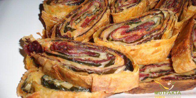 Ispanaklı Pastırmalı Krep Börek | Mutfakta Yemek Tarifleri