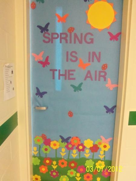 Classroom Door Design ~ Izzyshare bulletin board idea classroom design photo