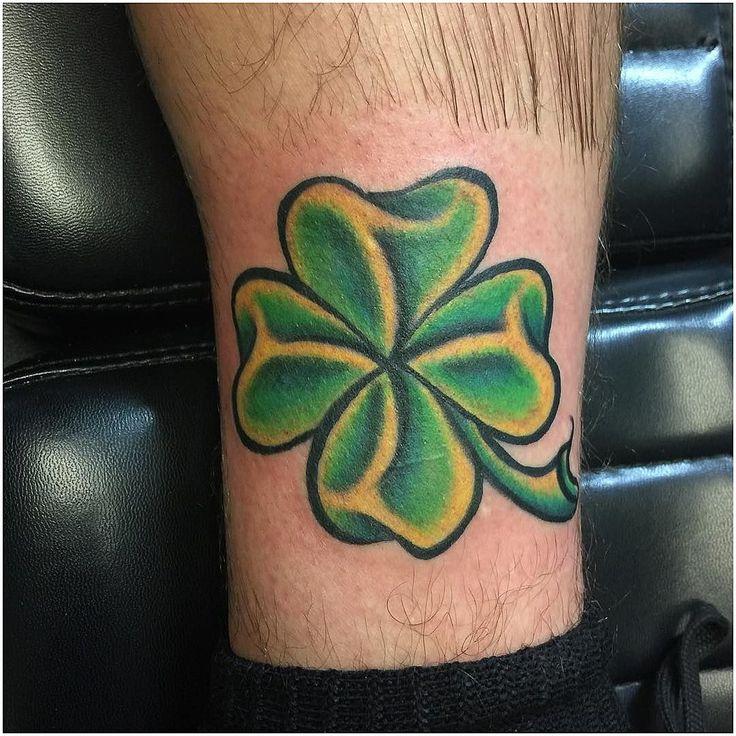 монтаж канадский клевер фото татуировок считается первым человеком