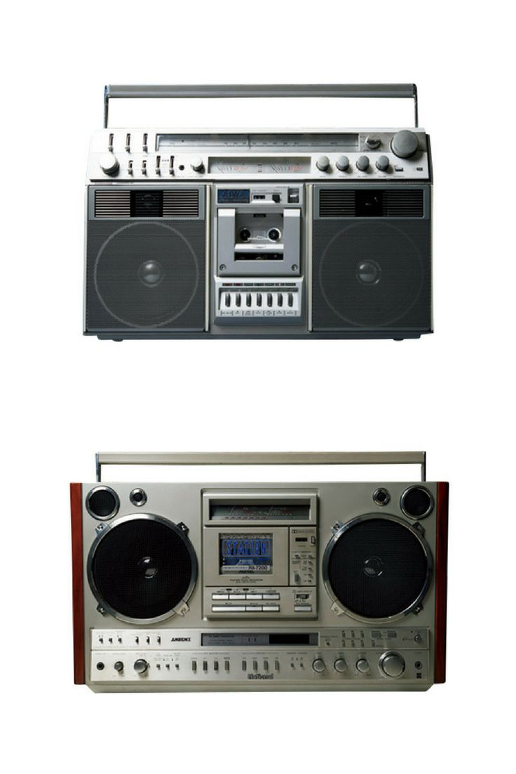 """Stereo Cassette Players Stage a Comeback いま""""ラジカセ""""が欲しい!  http://gqjapan.jp/life/interior/20160912/stereo-cassette-players-stage-a-comeback#pages/2"""