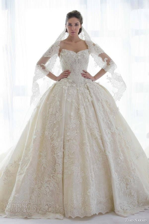 White and Gold Wedding. Sweetheart Corset Ballgown Dress. I don't like big ball gown dresses but I love this!