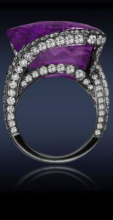 Pretty Purple & Diamond Ring