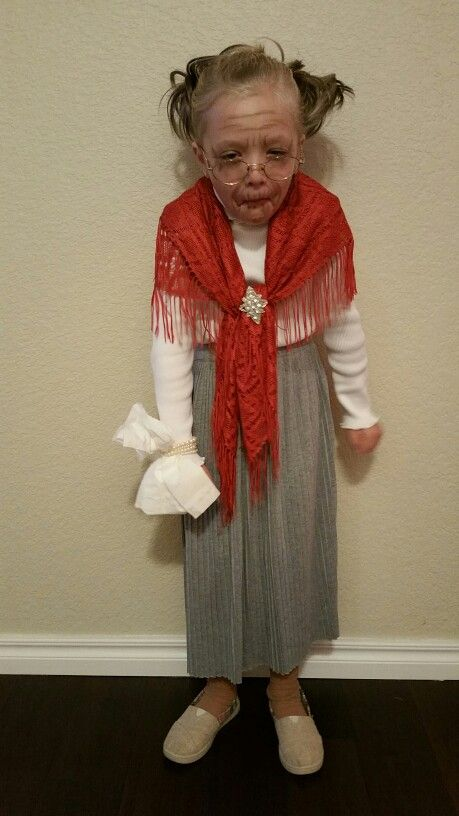 Brooklyn's 2015 school Halloween costume, the old lady that swallowed a fly.