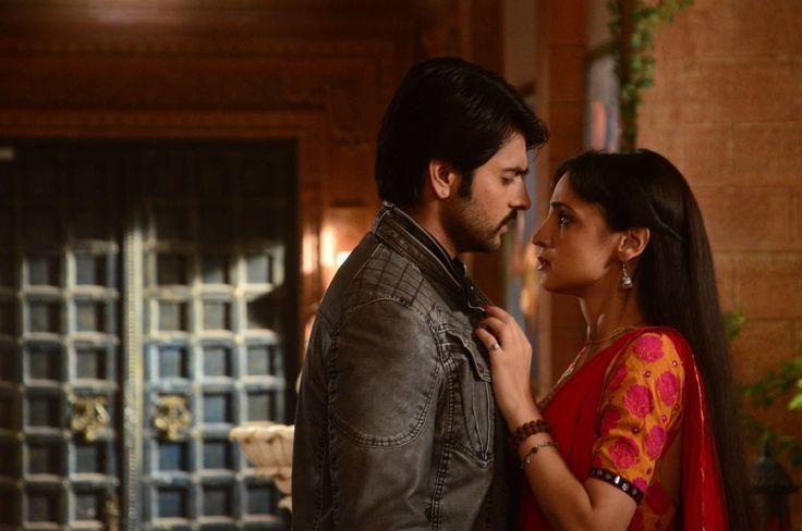 Sanaya Irani (Paro) & Ashish Sharma(Rudra) rangrasiya حبيبي دائما