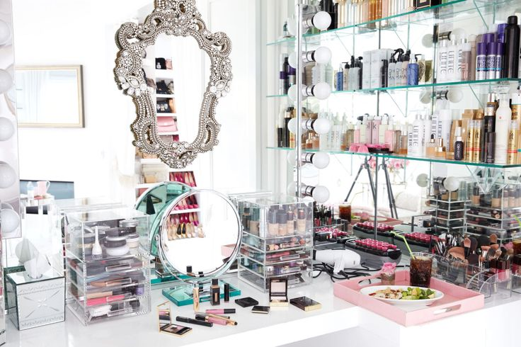 Beauty Vanity: Lisa Vanderpump Gets Real
