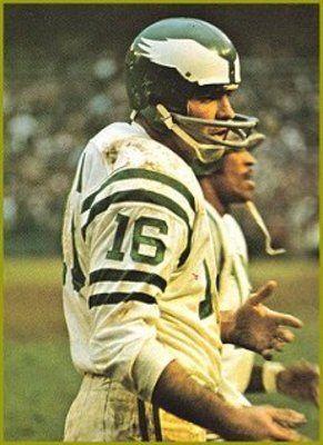 Norm Snead Washington Redskins 1961-63, Philadelphia Eagles 1964-70, Minnesota Vikings 1971, New York Giants 1972-74, San Francisco 49ers 1974-75 and New York Giants 1976.