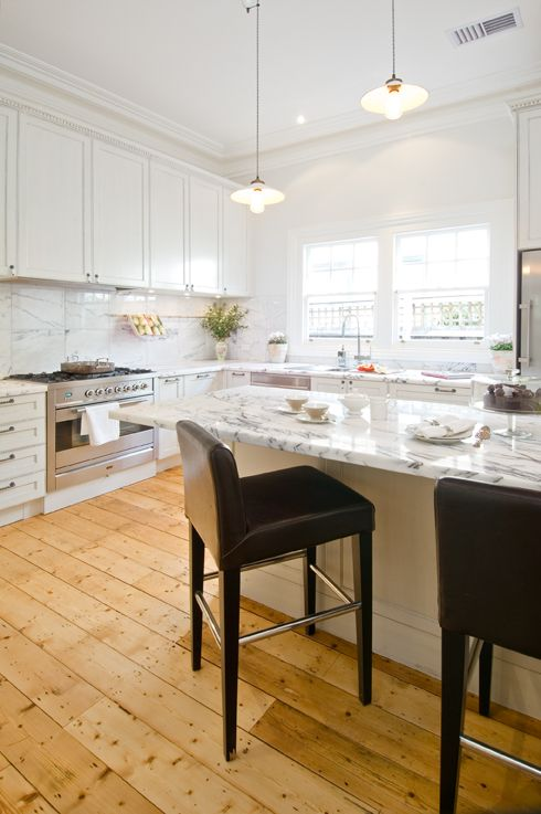 Malvern Provincial Kitchen, handpainted cabinetry, marble benchtops, dentil mouldings