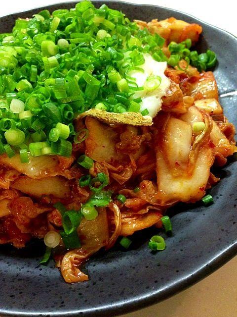 素早く美味しく作ってくれた妻に感謝!あと、コウケンテツさんのキムチにもw - 37件のもぐもぐ - 豚キムチ by tetsuya fuji