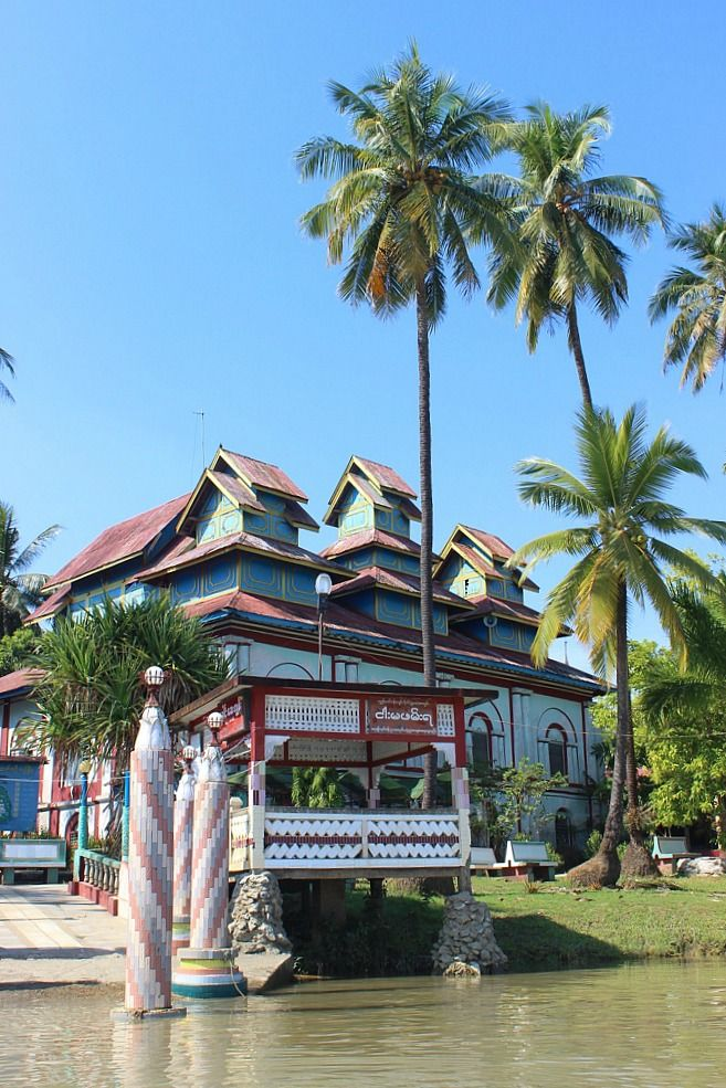 Pulling up to Shampoo Island | Exotic Mawlamyine and Understanding the Death Railway | The World on my Necklace