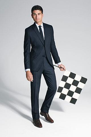 Подобрать рубашку и галстук под коричневый костюм