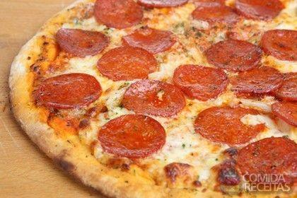Receita de Pizza à jato de calabresa em receitas de salgados, veja essa e outras receitas aqui!