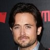 Justin Chatwin...............Steve