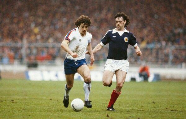 England 3 Scotland 1 in May 1979 at Wembley. Kevin Keegan runs forward with the ball with John Wark in pursuit #HomeChamp