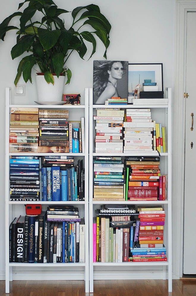 Books in order. https://cosyhomeblogi.wordpress.com