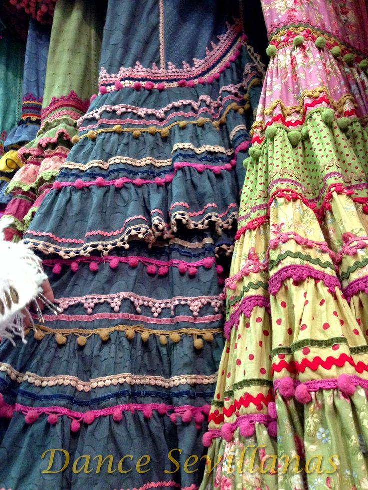 Dance Sevillanas: We Love Flamenco Fashion Show 2015
