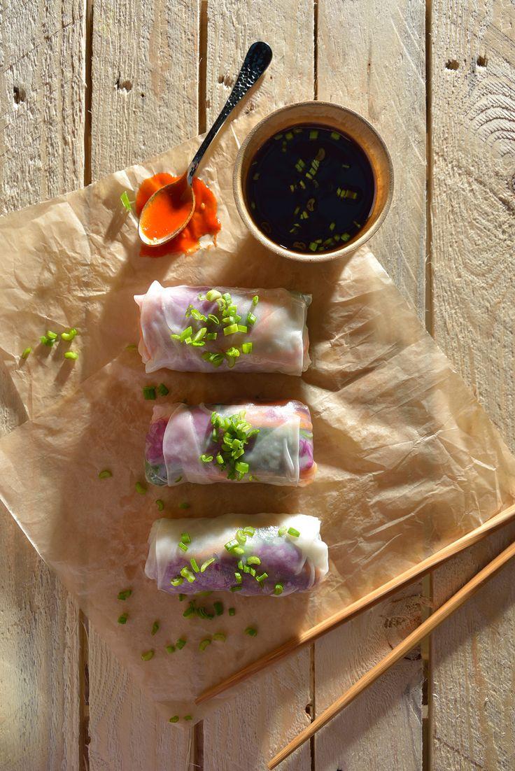 Rollos vietnamitas de kale y atún
