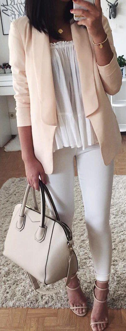 Light Pink Blazer + White Leggings + Cream Leather Tote Bag