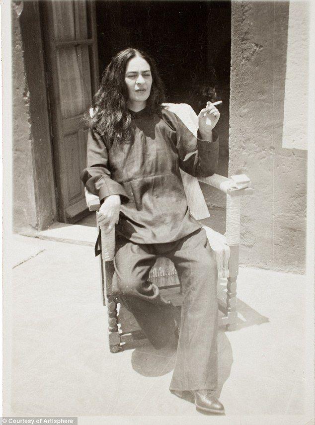 Frida Kahlo: Intimate photos