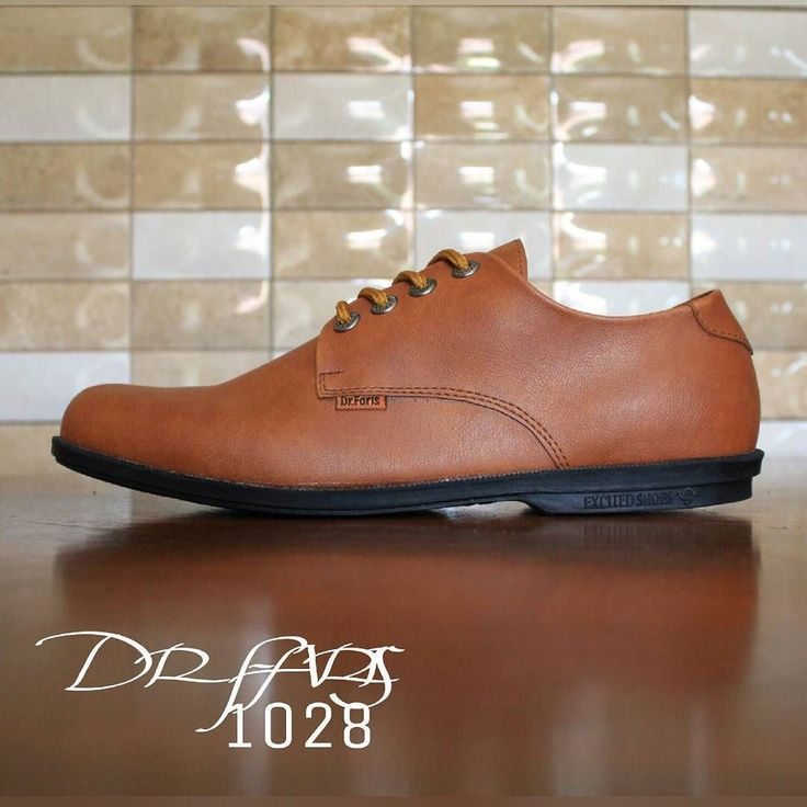 Dr Faris Size 39-43 Harga 220rb  Kontak BBM: 237BB4DD BBM: 5184EFA5 Tlp/WA: 083824592920 Line id: RR_Shoes  Katalog instagram lainnya: @rr_shoessport @rr_shoespria @rr_shoesindo @rr_shoeswoman  #jualmurah #diskon #penjualan #barangbaru #pesanbarang #onlineshop #olshop #sepatubagus #tokonline #sepatuberkualitas #sales #marketing #cinta #pasangan #kencan #pacar #berdua #couple #bersama #love #folback #instafollow #followaku #komen #follow #sepatulaki #sepatucowok #lakilaki #cewekcantikind13 by…