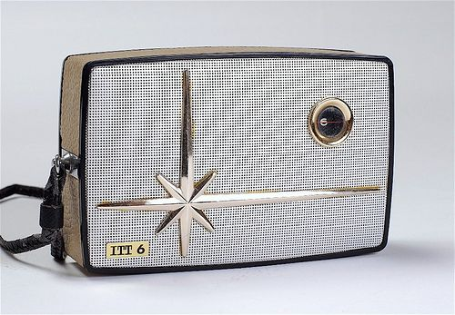 Vintage Transistor Radio - What a beauty! Check out the Flickr file, too.