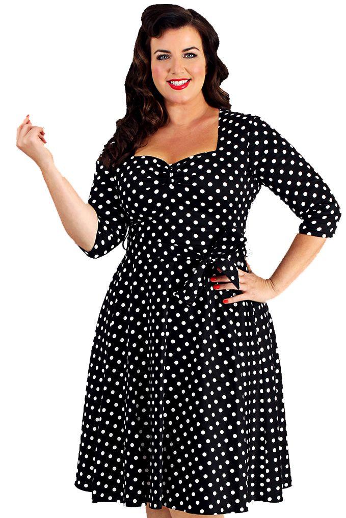 Retro Šaty Lady V London Maria Black Polka Šaty ve stylu 50. let. pro plnoštíhlé dámy. Naprosto jedinečné šaty, které z Vás udělají dokonalou ženu! Černý podklad s malým bílým puntíkem zajistí, že budete ozdobou každé akce, ať už to bude večírek, večeře s partnerem či si v nich vyjdete ve všední den. Příjemný pružný materiál (97% bavlna, 3% elastan), pohodlný střih se zajímavě řešeným výstřihem, elegantní tříčtvrteční rukáv, v pase nejsou nabírané, ale příjemně projmuté, takže nepřidávají…