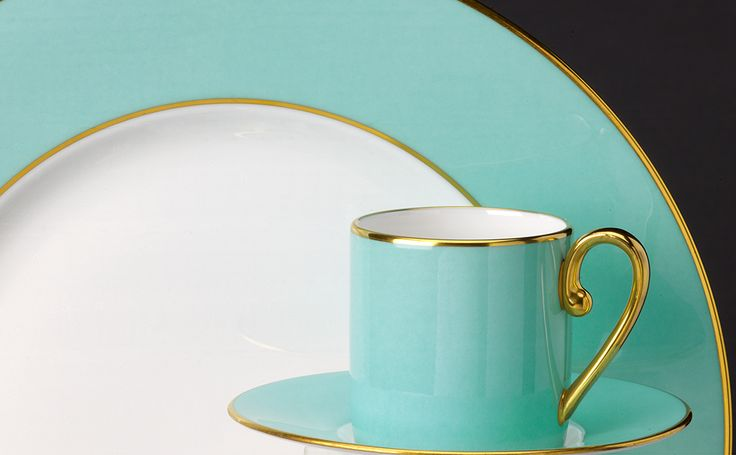 TURQUOISE - For those who prefer modern and smart designs we have created an elegant Turquoise dinner set which featuring luxurious delicate gold trim will be perfect for all dining occasions.