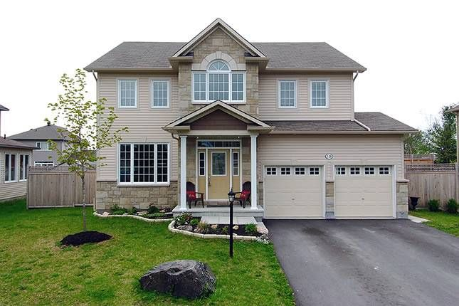 Front of Home - Homes for sale in Carp, West Carleton, Rural Kanata, Almonte and Ottawa - Andy Oswald