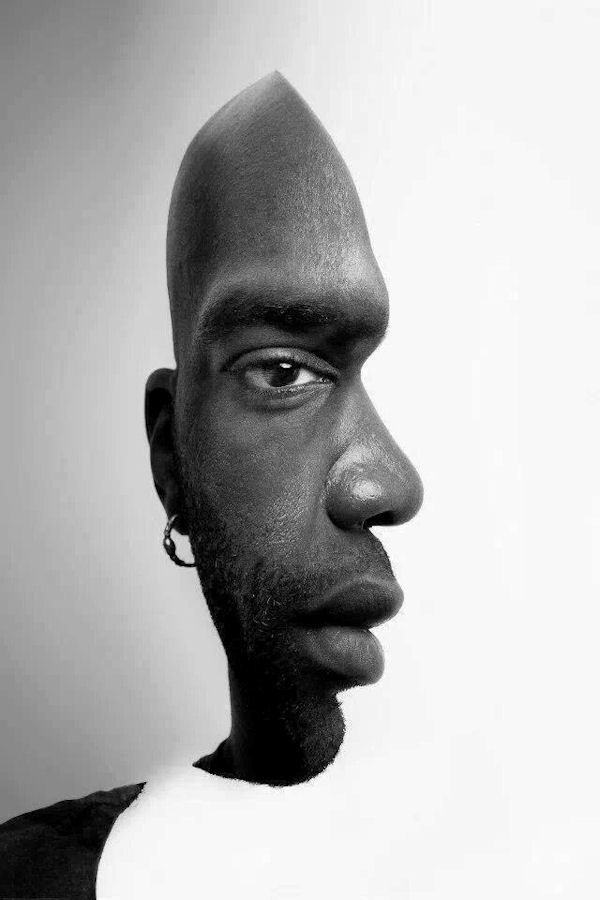 Two close ups mixed, very illusional and creative