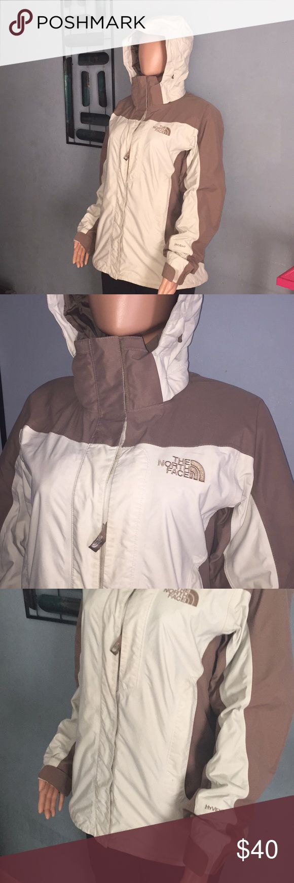The North Face In great condition no flows The North Face Jackets & Coats